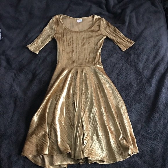 LuLaRoe Dresses & Skirts - Gorgeous gold lularoe dress